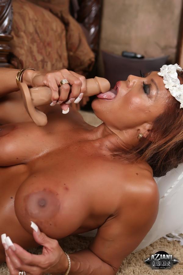 Hot black female porn stars
