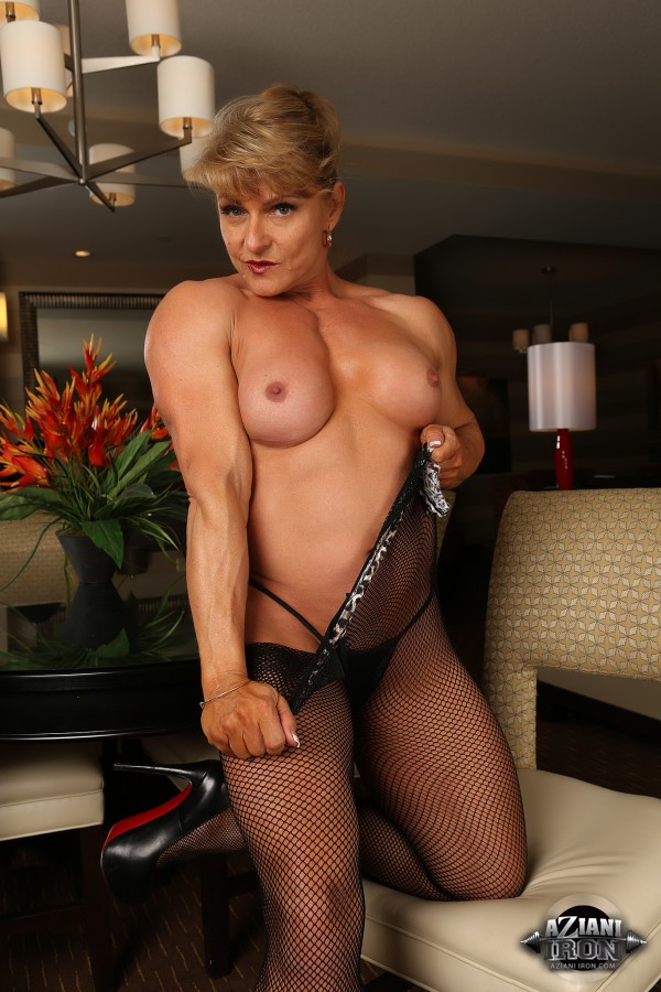 Nude emery bodybuilder miller