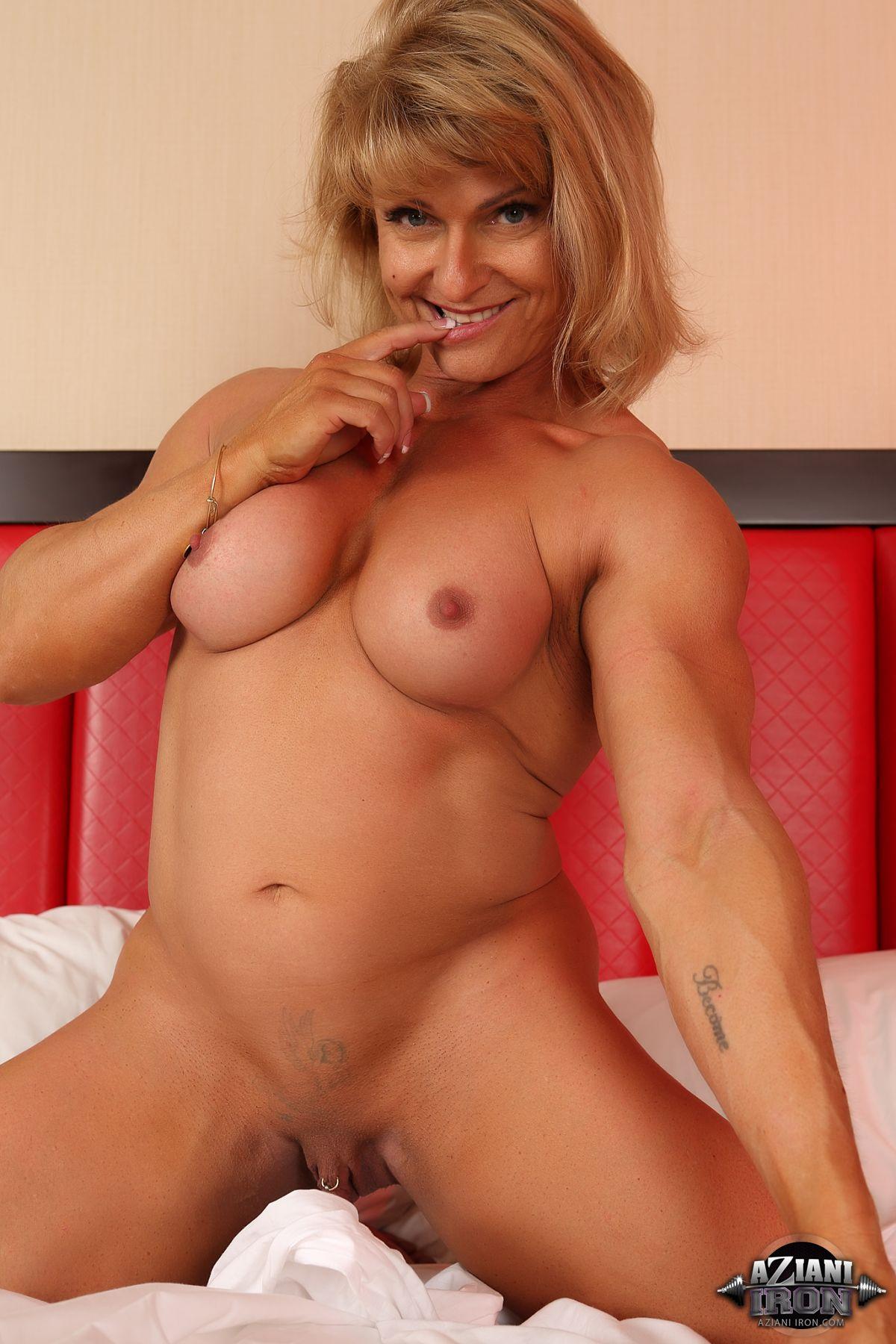 carla gugino pornstar look alike