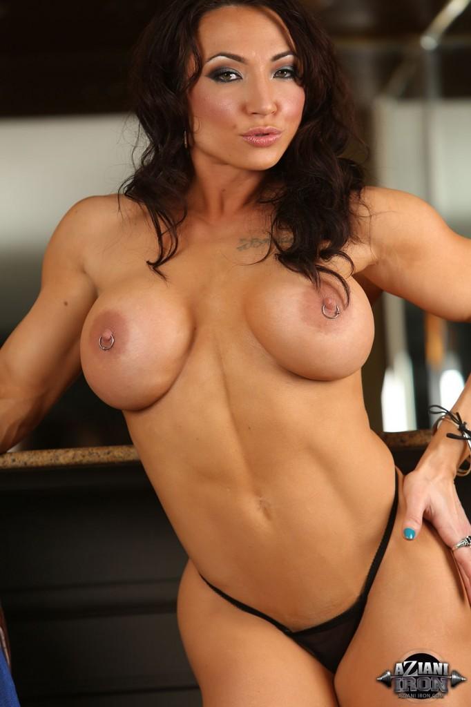 Female bodybuilder jill jaxen gets naked 2